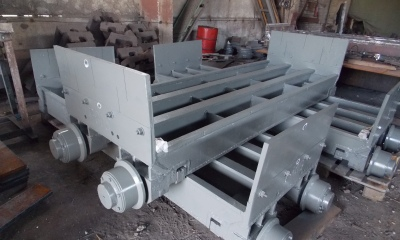 Pallet car of indurating machine  (welded constuction)
